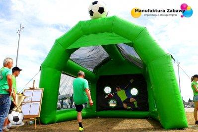 Bramka celnościowa, piłkarskie atrakcje